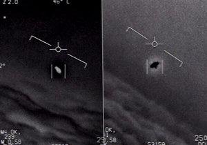 Pentagon zveřejnil videa, na nichž je UFO