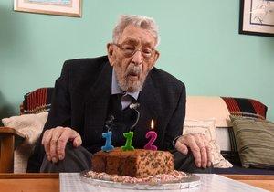Bob Weighton byl nejstarším mužem na světě.