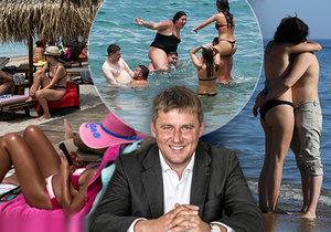Ministr zahraničí Tomáš Petříček (ČSSD) v rozhovoru o cestování a plážích v Evropě, které už ožily: Řecko, Itálie a Kanárské ostrovy