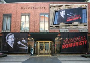 Plakát s podobiznou Milady Horákové a nápisem Zavražděna komunisty.