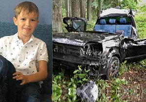 Adam (8) je hrdina! Vylezl z převráceného auta a zraněný se prodral o pomoc