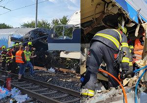 U Českého Brodu osobní vlak narazil do poštovního.