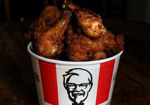 Řetězci s rychlým občerstvením KFC dochází kvůli koronaviru kuřata. (Ilustrační foto)