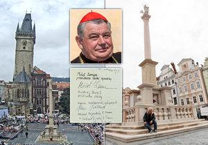 El 15 de agosto, el cardenal Duka bendice la columna mariana.