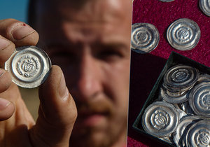 Archeologové našli na Písecku 800 stříbrných mincí: Pocházejí ze 13. století
