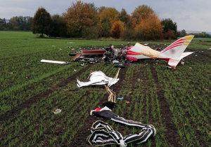 Nedaleko Olšan u Prostějova spadlo letadlo: Pilot (†53) nehodu nepřežil