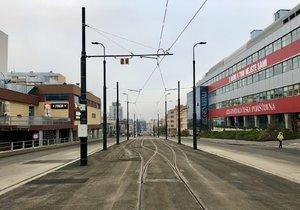 """""""Tramvajové změny"""" v Praze 4: DPP dokončil opravy v Nuslích a prodloužil trať k metru Pankrác"""