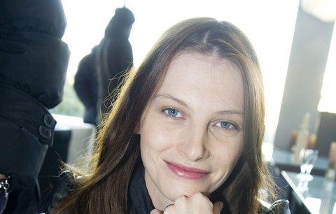 Iva Frühlingová: Proč nebyla vidět a co jí s postavou udělalo mateřství?