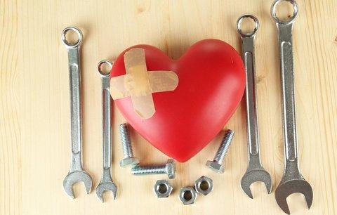 Jak zvládnout rozpad manželství a zlomené srdce?