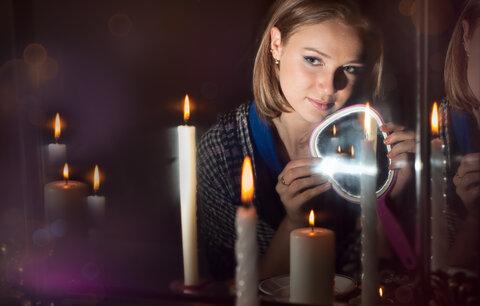 Jak si přičarovat lásku? Zkuste staletími ověřená kouzla a rituály!