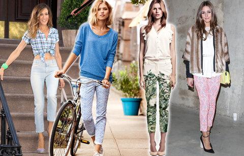 Trendy kalhoty ke kotníkům: I vy si je můžete dovolit!