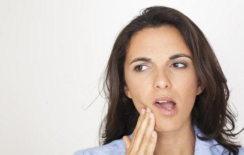 Trápí vás zánět dásní? Zkuste recepty našich babiček