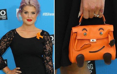 Módní ikona Kelly Osbourne to řekla kabelkou: Jak se vám líbí?