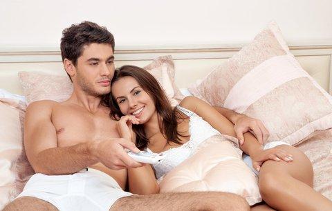 Erotika, která rozpálí: Nevěřili byste, po čem ženy touží!