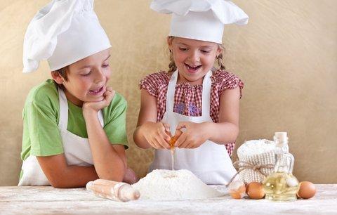 V neděli pusťte děti do kuchyně: Snadné recepty, které zvládnou i ti nejmenší
