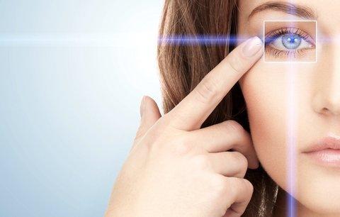 Jak poznáte, že potřebujete plastiku očních víček?