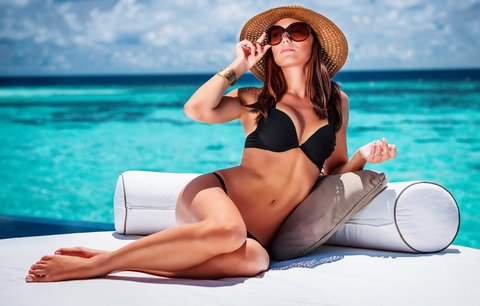 Plavky na léto 2014: Které střihy a vzory letos frčí?