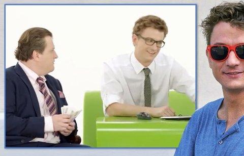 """Exkluzivní video z dnešní Ulice: Svede sexy """"bankéř"""" z reklamy zadanou Libušku?"""