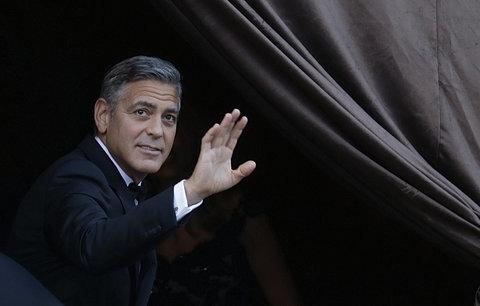 Sbohem, svobodo: George Clooney si užívá poslední chvíle mládenectví před svatbou!