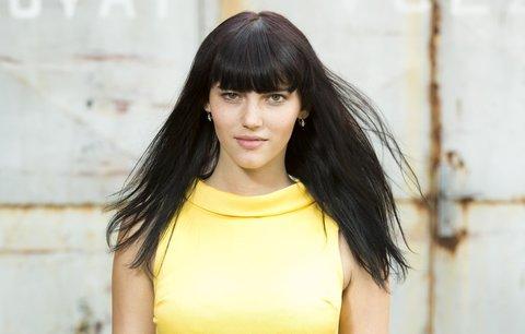 Tajemná dívka z Ulice: herečka Klára Miklasová tvrdí, že podobnost s Alicí je čistě náhodná