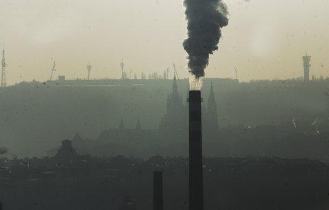 Boj za čistější ovzduší v Praze: Město na výměnu topení rozdělí až 20 milionů