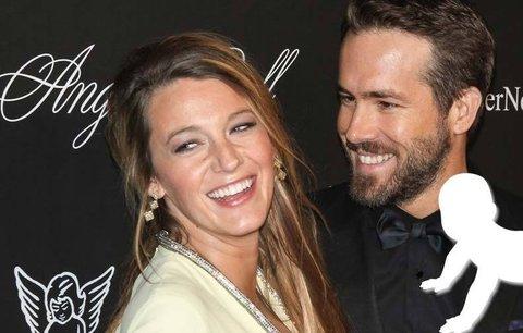Herečka Blake Lively předčasně porodila: Herec Ryan Reynolds je hrdým tátou!