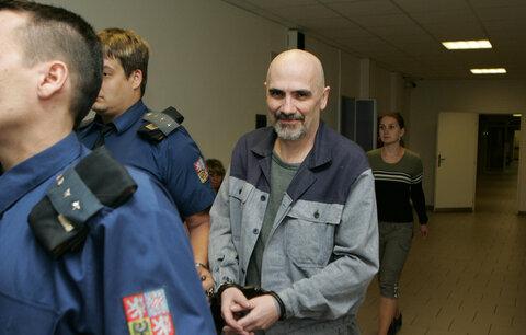 Herec Čestmír Řanda mladší: Je opět ve vězení, prozradil kamarád!