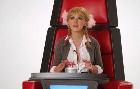 Christina Aguilera v novém klipu vypadá jako Britney Spears, Miley Cyrus nebo Cher!