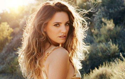 Vědci tvrdí: Máme ideál krásy. Modelka Kelly Brook je podle nich dokonalá!