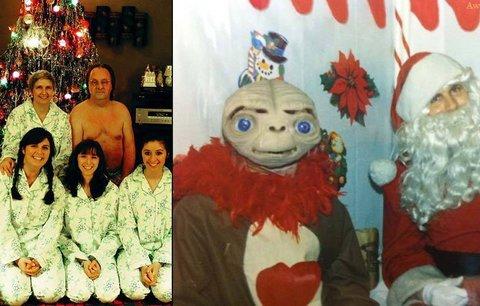 Nejšílenější vánoční fotky aneb když se na Vánoce sejde rodina exotů...