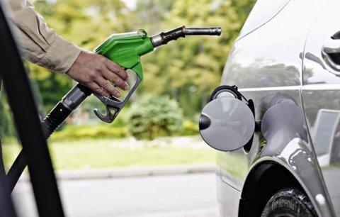 Čerpací stanice v Praze dál citelně zdražují. Benzin už je přes 34 korun za litr