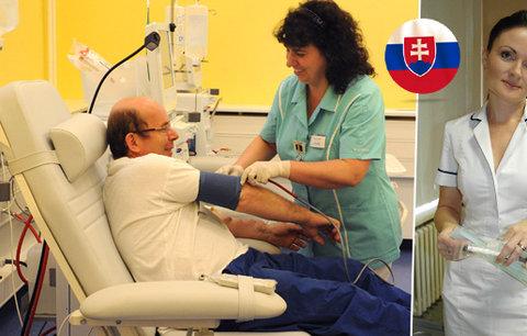 Slovenské sestřičky hromadně končí. Dočkají se jejich úsměvů čeští pacienti?