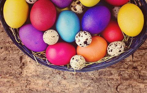 Vajíčka a barvy z obchodu: 5 triků, aby barvy byly syté a rovnoměrné