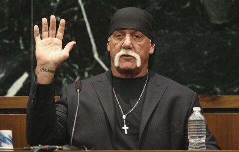 Hulk Hogan spal s manželkou nejlepšího kamaráda, za zveřejnění nahrávky dostane miliardy