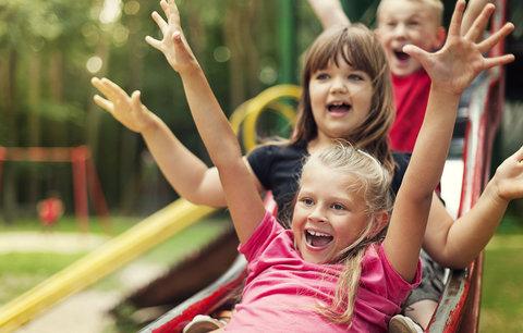 Školáci mají podzimní prázdniny. 17. listopad je zklame, volno bude až na Vánoce