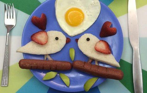 Chytré triky, jak dětem naservírovat jídlo, o které nestojí: Podívejte se!