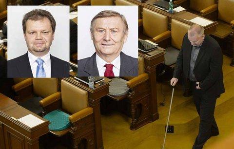 Poslance ve Sněmovně otrávili! Dva skončili po obědě ve špitále, ostatní na záchodě