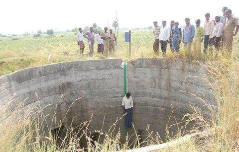 Badi, indická »vesnice smrti«: 2500 obyvatel a 381 sebevražd za rok!