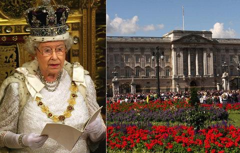 Buckinghamský palác čeká rekonstrukce za 12 miliard. Alžběta II. zůstane uvnitř