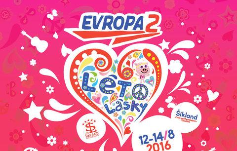 Festival Léto lásky v Šiklandu má kompletní program, vlastní hymnu i novou hru