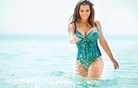 Helena Konarovská: Jednodílné plavky jsou oblíbené! Pořiďte si je také