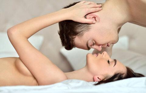 Jak mít lepší sex i po mnoha letech? Vyzkoušejte tyto triky!