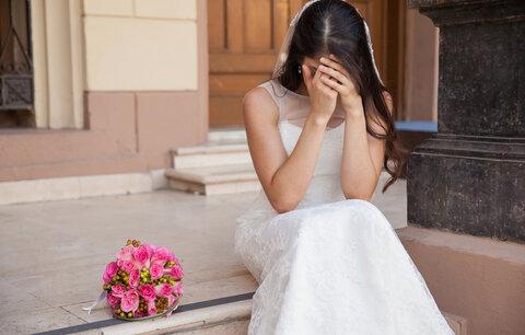 """Zbabělost, nebo klukovina? Co si myslíte o muži, který řekl u oltáře """"ne""""?"""