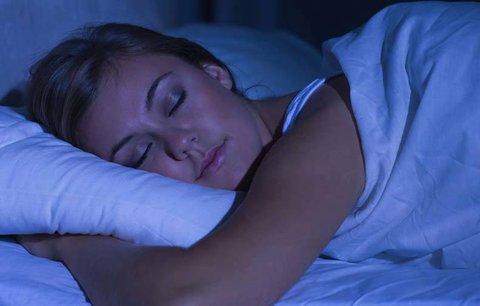 Zaručený recept na kvalitní spánek: Najděte smysl života, radí vědci