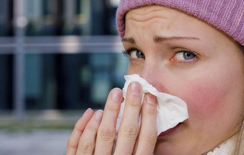 Jak se nejlépe vypořádat s příznaky nachlazení?