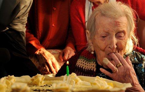 Nejstarší žena slaví 117. narozeniny: Recept na dlouhověkost? Dvě syrová vejce a samota
