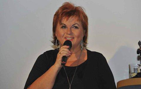 Vánoce kosí český showbyznys! Další zpěvačka zrušila koncert!