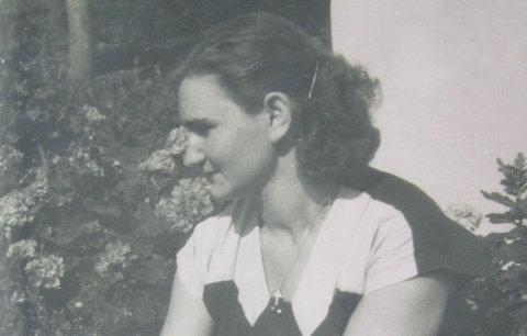 Nejdřív málem zemřela při výslechu, potom v mlátičce a nakonec při povodních