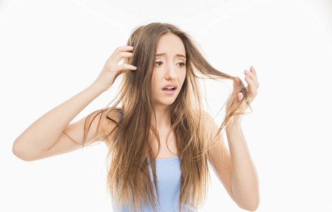 Vyzkoušeno: Trápí vás suché vlasy? Vyrobte si doma avokádovou masku!