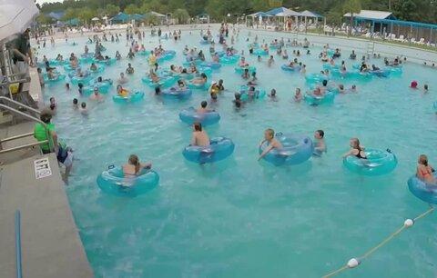 Horor v bazénu: Najdete topící se dítě dříve než plavčík?